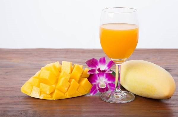 nutritional value of mango juice