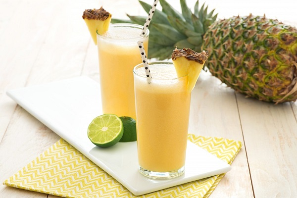 pineapple-shake-without-ice-cream